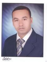 أستاذ مصطفى محمد شاهين