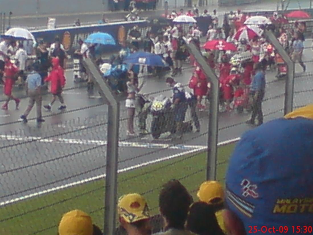 Report MOTO GP SEPANG 2009 Dsc00811