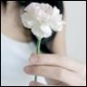 الزهرة البيضاء