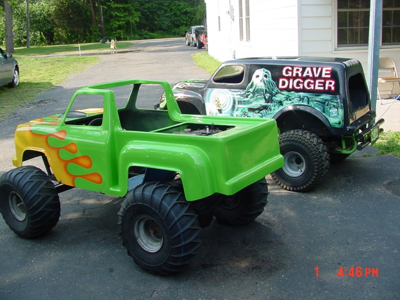 My kids Mini Monster Truck Go- Kart Dsc00012