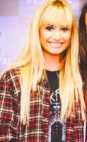 Daai.Jonas.Lovato