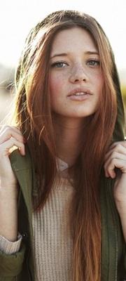 Brunette Moreau