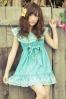 Yui Kanno is modeling a LIZ LISA dress for summer.