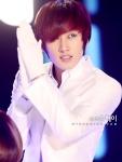 ELF_lov3_suju_eunhyuk