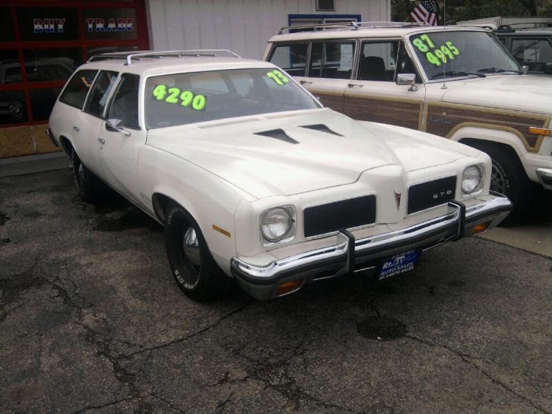 1973 Pontiac LeMans wagon GTO clone