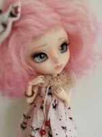 M-L doll