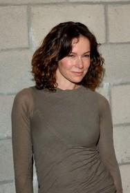 Jennifer GREY 01