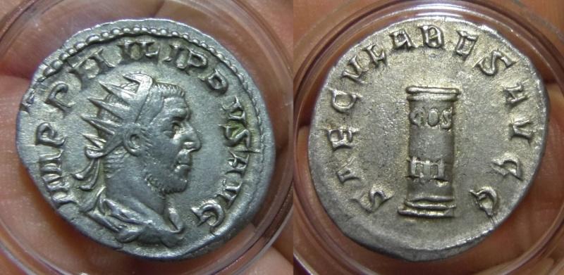 Antoniniano de Filipo I SAECVLAES AVGG / COS III.