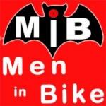 MEN IN BIKE