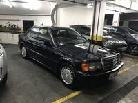 Eliton B Benz