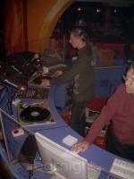 DJ ISIS