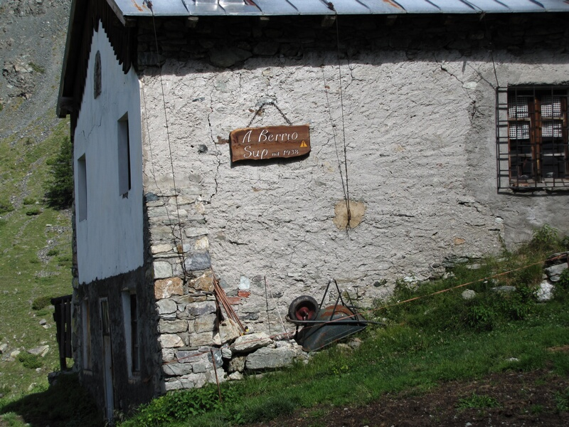 Via Castiglioni al Berio 01-alp10