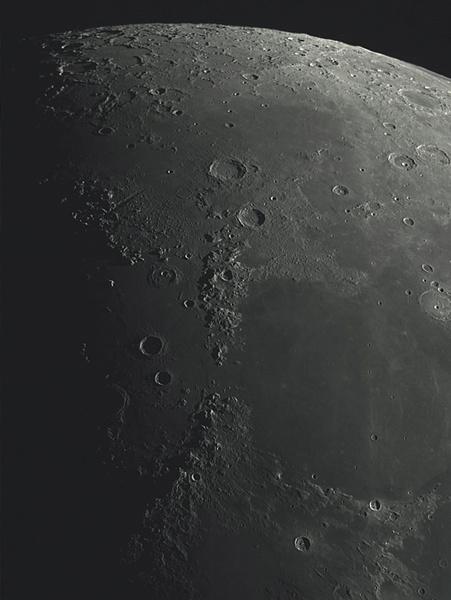 Morceaux de Lune le 12 Avril 2019 (Eure et Loir) 3_20_211