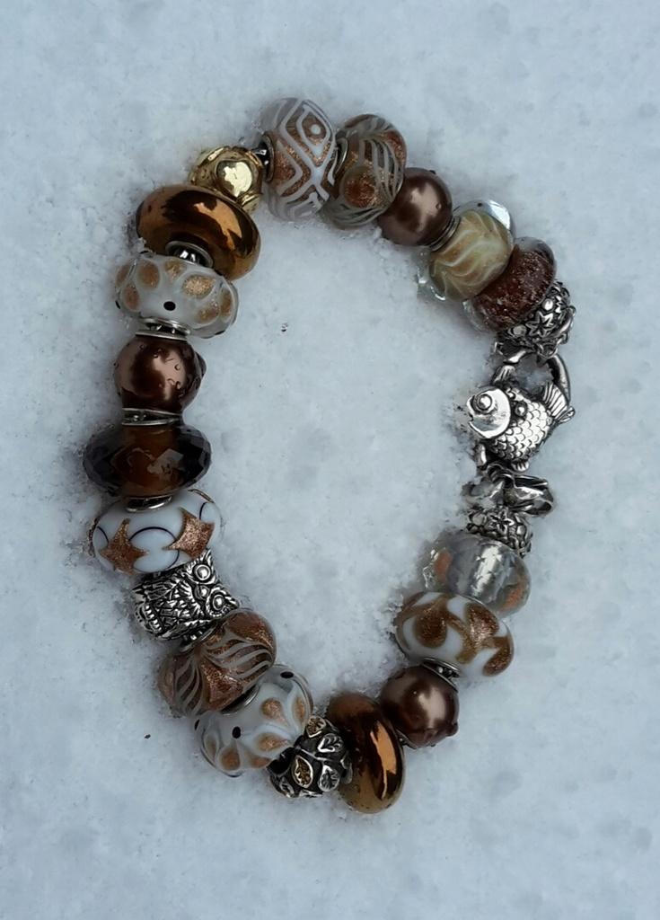...here are my Winter bracelets: 20170114