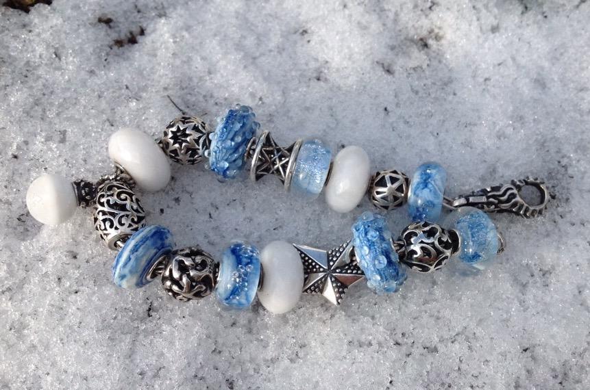 Frosty winter bracelet Image156