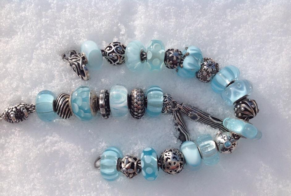 Winter Bracelets Image237
