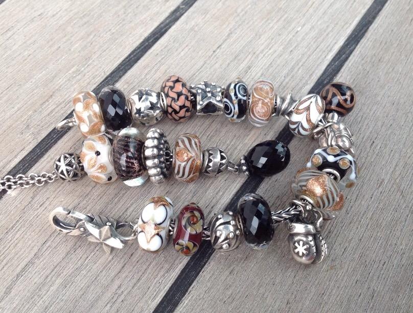 Show Your Holiday Bracelets Image310