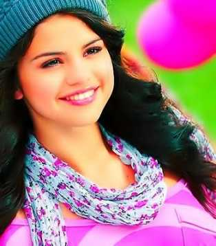 Selena gomez 1_510