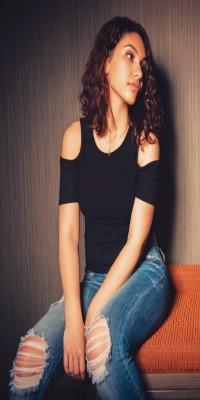 Larissa Di'Santa Andrade