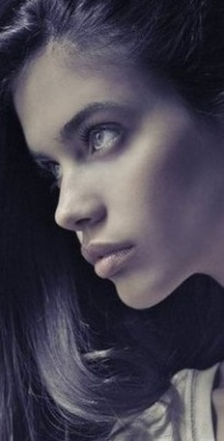Aura Evans