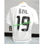 Ozil19