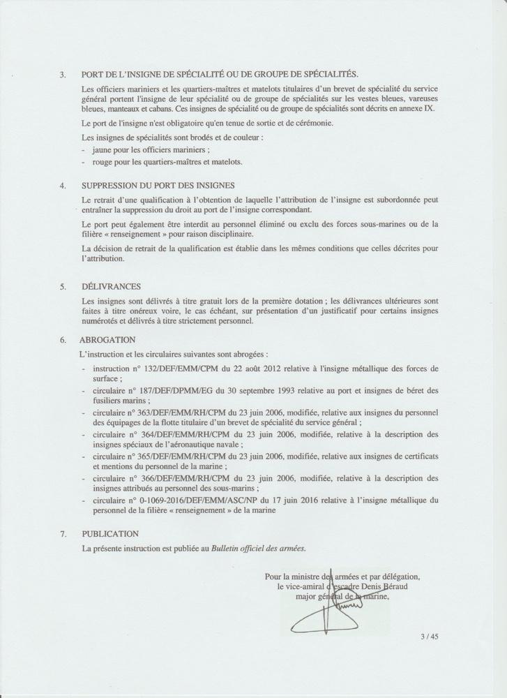 [LES TRADITIONS DANS LA MARINE] LE PORT DES DÉCORATIONS - Page 12 Numyri19