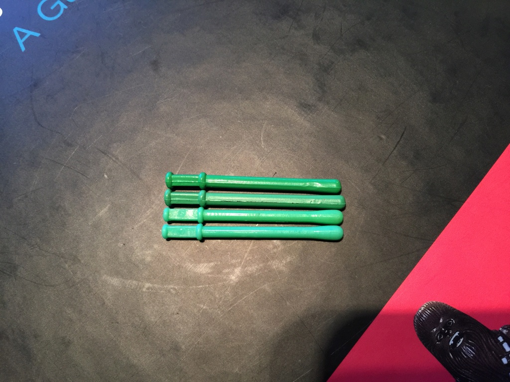 The final piece in the jigsaw puzzle - help needed to verify pop-up lightsaber 2real210