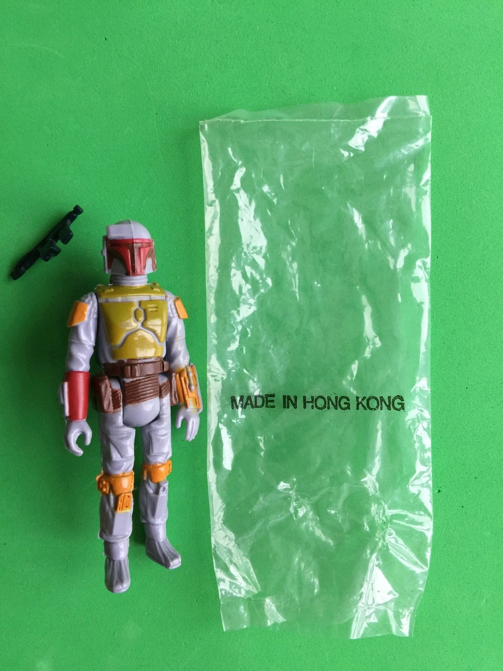 Help Needed to authenticate my Boba Fett Mail-in Baggie and Contents Boba_f28