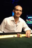 Poker: Discussions de mains 1571-0