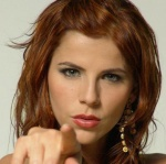 Claudia :3
