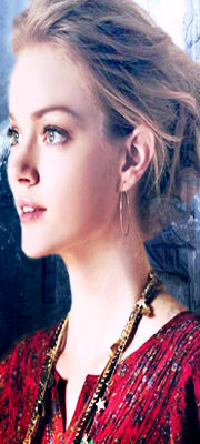 *Amber Reyne