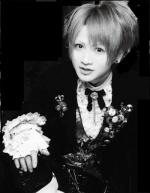 Symphony-Akimitsu-Aosuke