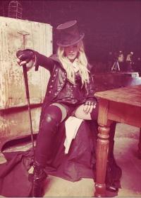 Madonna - Queen 1-97