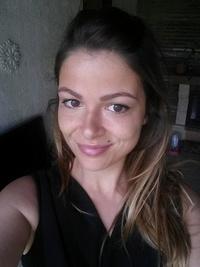Caroline DG