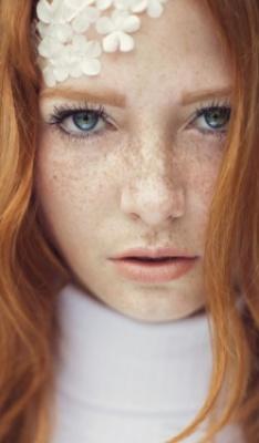 Elizabeth Greystone