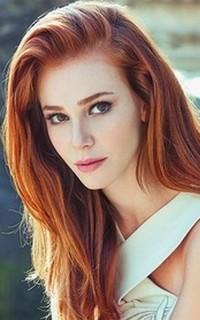 Lucia Hallewin