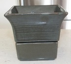 1049 square flower pot 1050 base 19.8.68