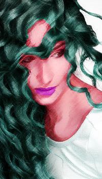 Nadine Yunuen
